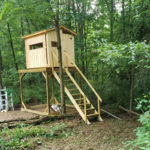 Square Wood Sided Blind On Hunting Blind Stand
