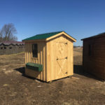 Small Chicken Coop (2)